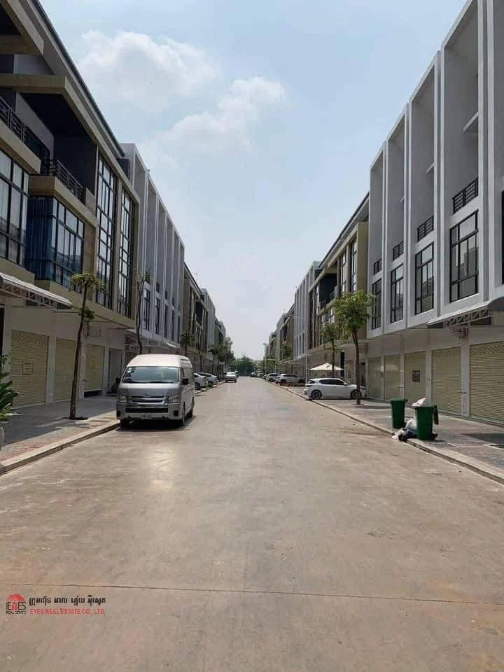 Rental House Chbar Ampov