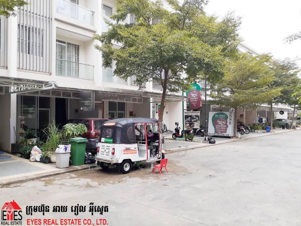 House For Sales at Borey Chip Mong Sen Sok