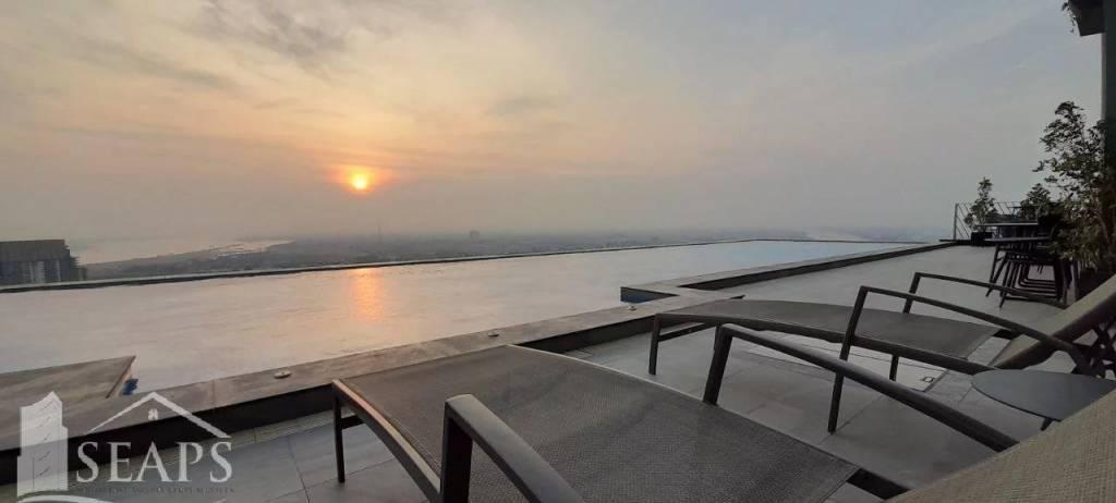 2 Bedroom Condo Unit For Rent - Tonle Bassac, Phnom