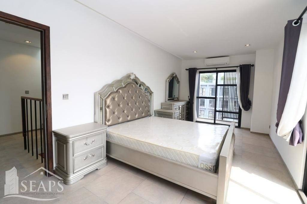 3 BEDROOMS PENTHOUSE FOR RENT IN TK