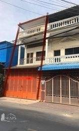 Shop-house available for rent in Toul Svany Prey area