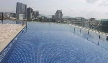 LARGE 2 BEDROOM SERVICED CONDO IN BKK