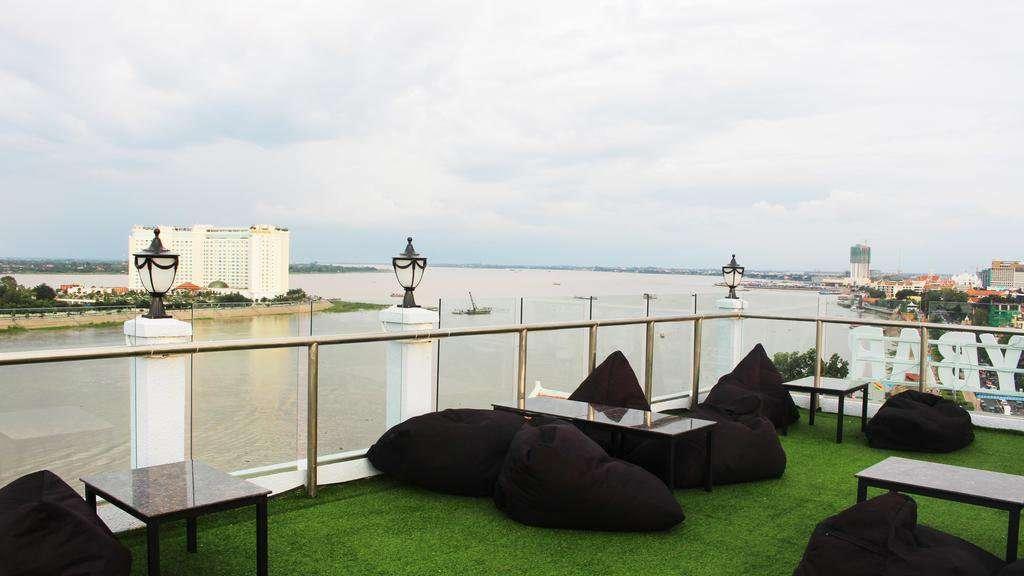 Sale Hotel Daun Penh