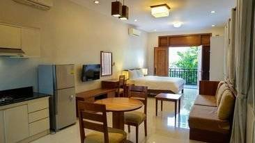 LARGE STUDIO ROOM IN TOUL TOMPONG