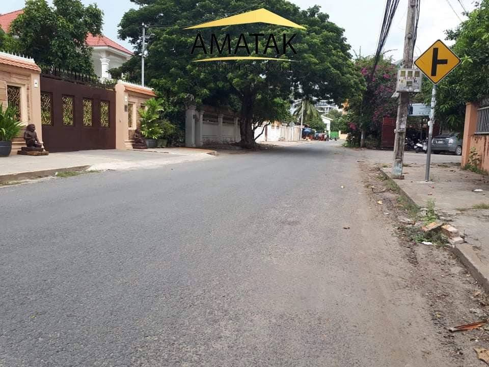 Land for sale in Special Price