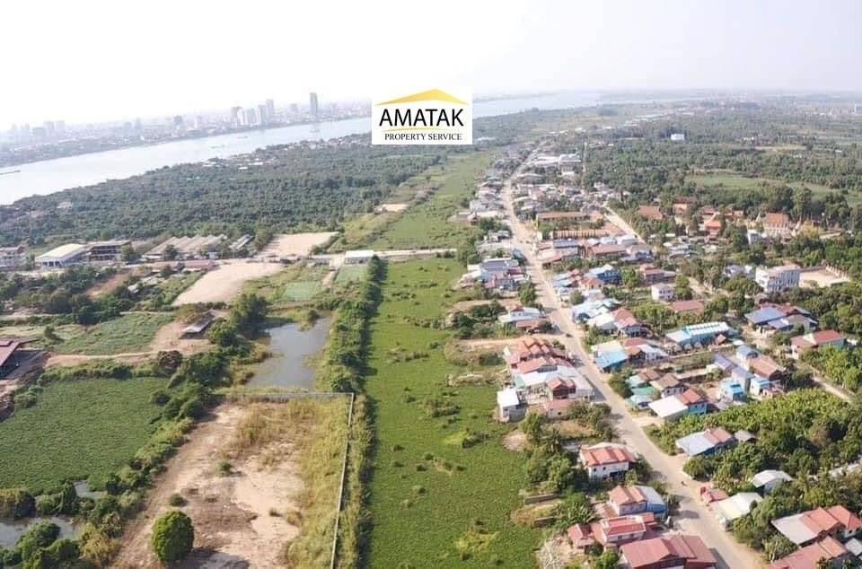 Sale Plot of land Lvea Aem