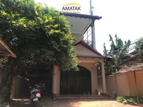 出售 别墅 Chbar Ampov